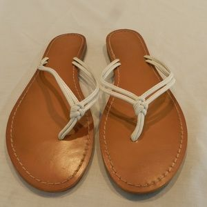 Mossimo flat sandals, tan/white, size 10